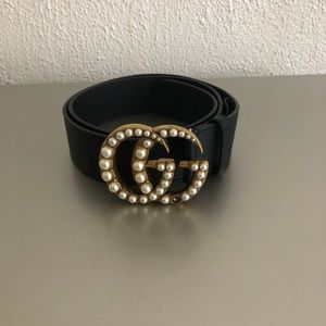 Woman Gucci belt